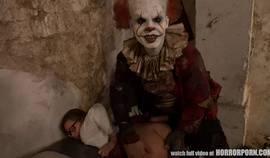 Horrorporn – It Is A Clown
