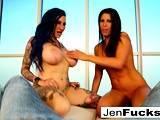Erotically perfect fucking with Jenevieve Hexxx and Makayla